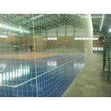 Rede para segurar a bola em quadra na Vila Gilda